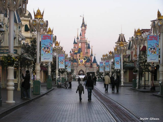 Día en Disneyland París: excursión
