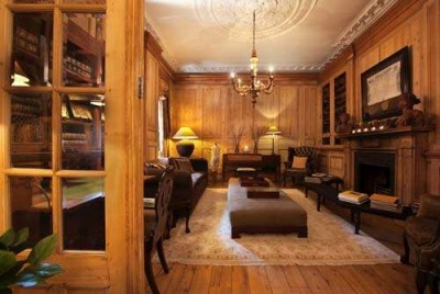 Hotel The Pand Biblioteca